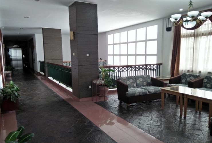 Kartika Hotel Bandung - Common Space