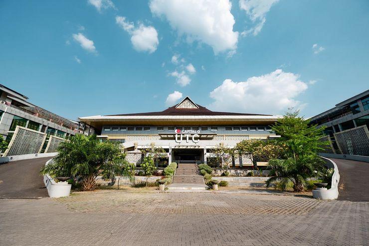 Capital O 1571 Utc Hotel Semarang Semarang - Facade