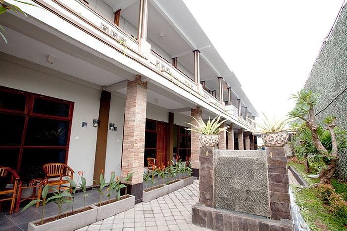 Review Hotel GM Bali Guest House (Bali)