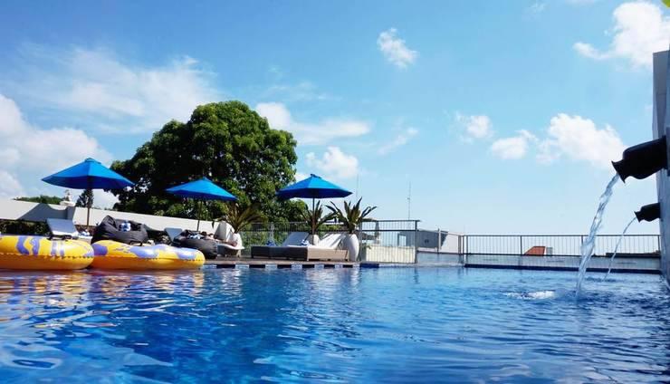 J4 Hotels Legian - Rooftop Pool