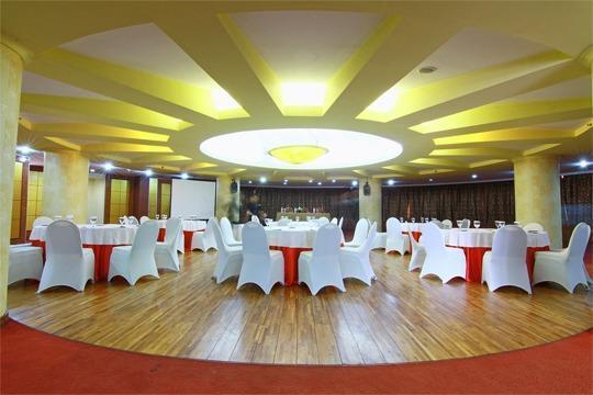 Grand Arkenso Park View Simpang Lima Semarang - Teratai meeting room