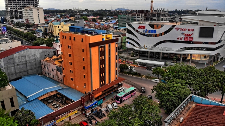 Parkside Sovrano Hotel Batam Batam - BUILDING