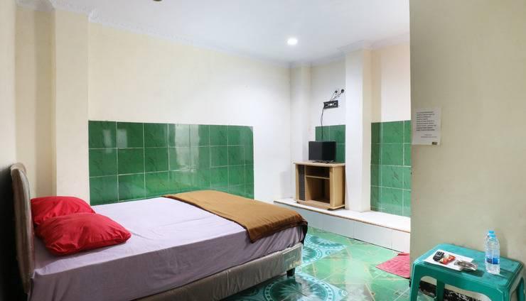 Hotel Ellysta Tangerang - Deluxe Room