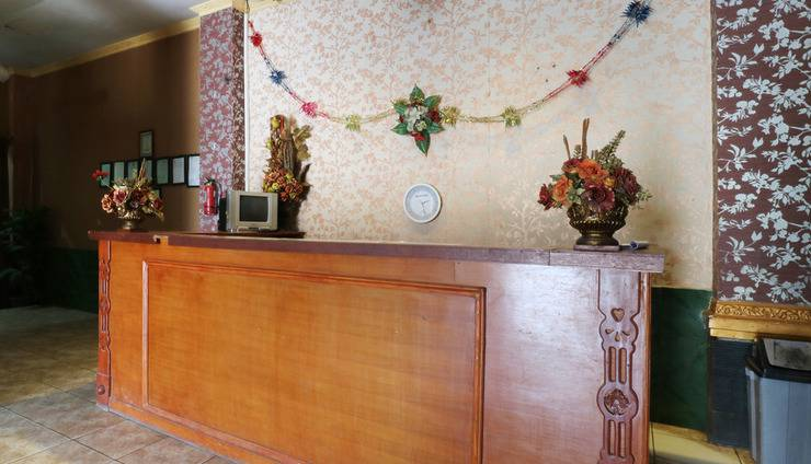 Hotel Ellysta Tangerang - Reception