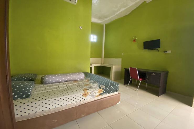 OYO 2605 Afny Kost 1 Palembang - Guestroom