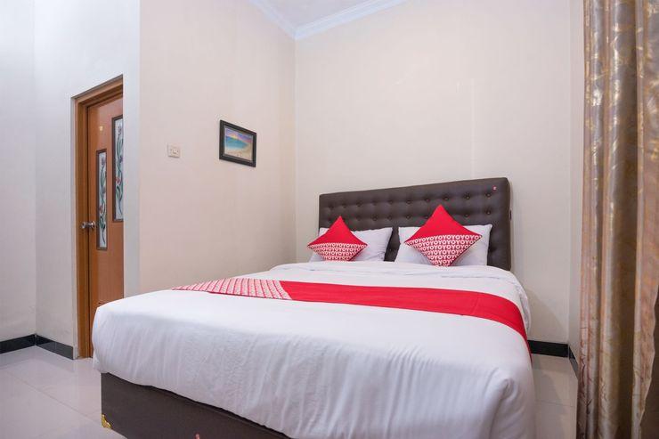 OYO 1226 Al Abror Homestay Yogyakarta - Bedroom