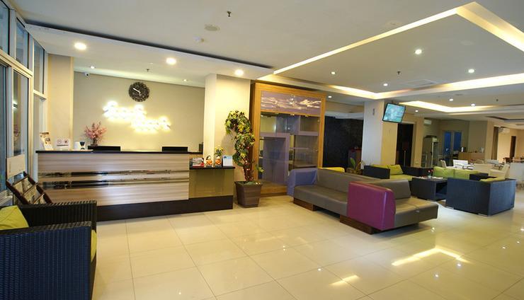 TOP Malioboro Hotel Yogyakarta - Lobby