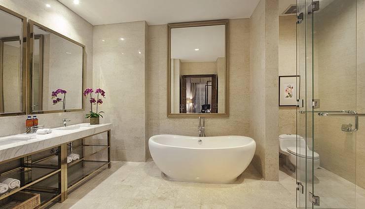 Hotel Ammi Cepu Blora - Suite Room Bathroom