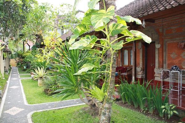 Warsa Garden Bungalows Bali - Warsa Garde Bungalows (27/11/2013)