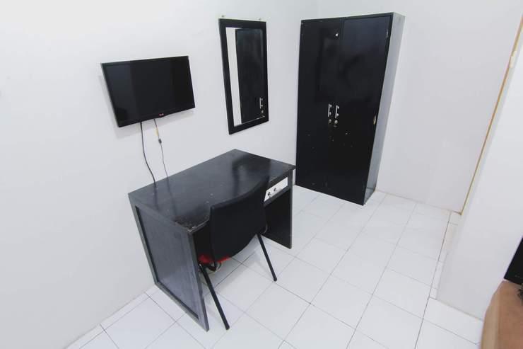 D'Paragon Seturan 1 Yogyakarta - Deluxe Room