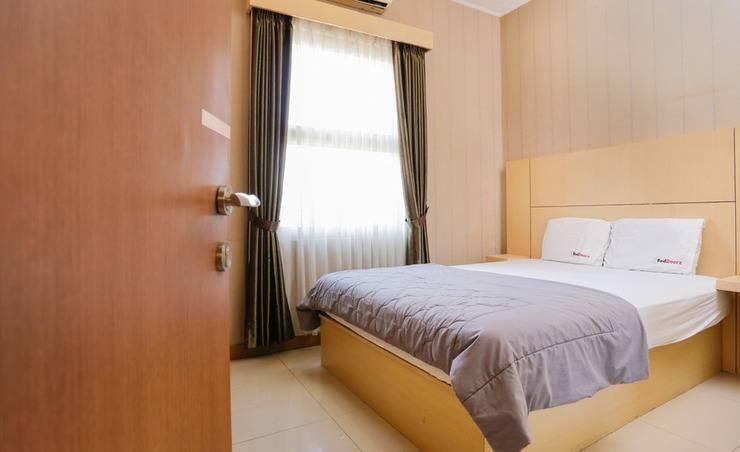 Alamat Candrawulan Sepuluh Guest House - Bandung