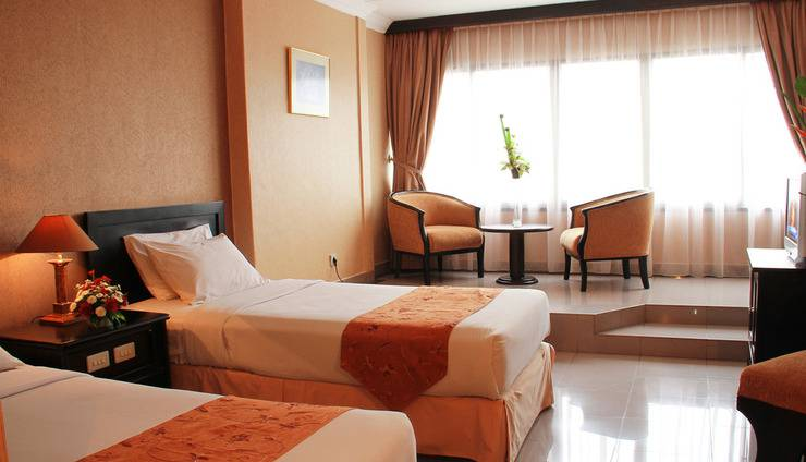 Hotel Danau Toba Medan - SUPERIOR TWIN BED ROOM