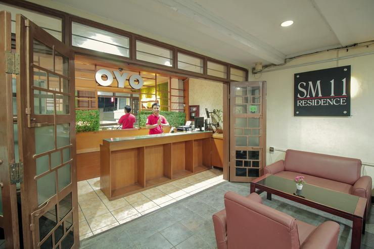 OYO 193 SM Residence Pasteur Bandung - Lobby Sitting Area