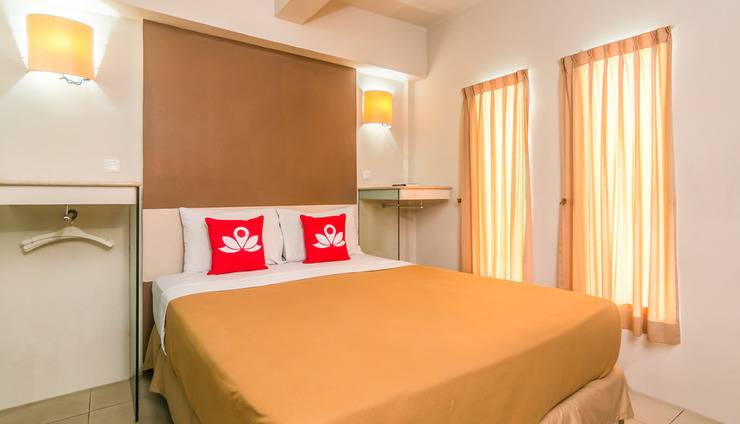ZenRooms Sanur Bypass Ngurah Rai 1 - Tempat tidur double