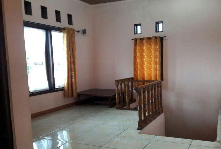 Villa Beton @ Sangkuriang Village Bandung - Interior
