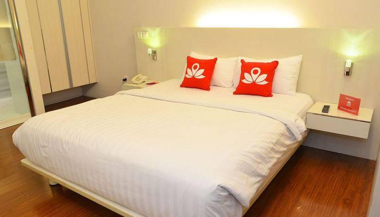 Alamat ZEN Rooms Manyar Kertoarjo - Surabaya