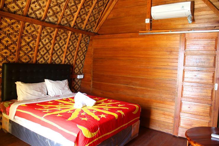 Road Beach Homestay Bali - tempat tidur ganda