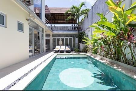 Villa Daley Bali -