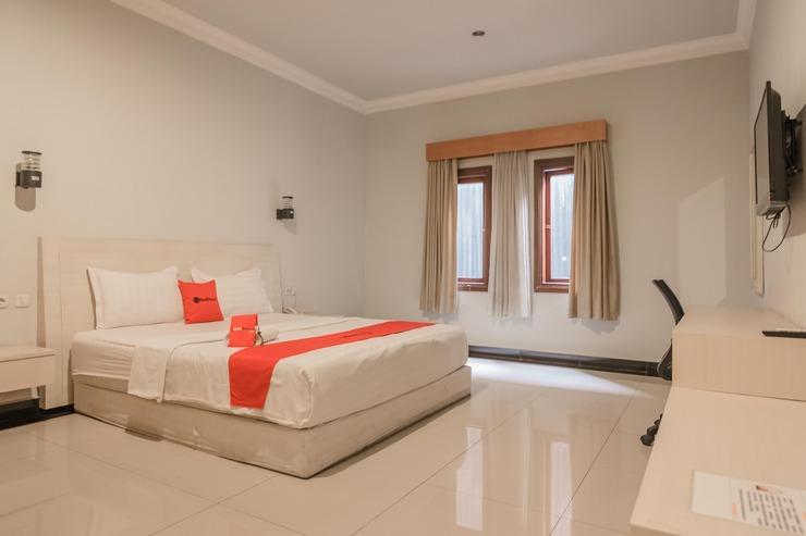 RedDoorz Plus @ Payo Selincah Jambi Jambi - Guestroom