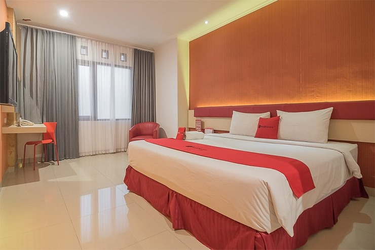 RedDoorz Plus @ Cherry Homes Bandung - Photo