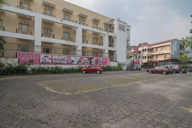 RedDoorz Plus @ Cherry Homes Bandung - photo