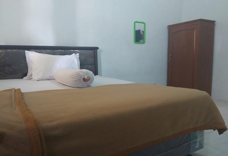 Guest House Banyuwangi Banyuwangi - Room