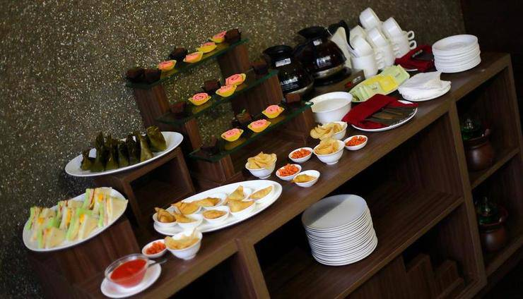 Serela Merdeka Bandung - Buffet Breakfast