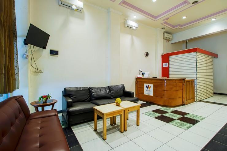 Ian Jk Hotel Tangerang - Lobby