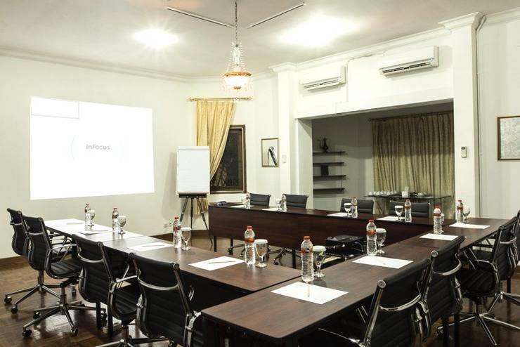 Arimbi Pejaten Suites Jakarta - Ruangan Meeting I