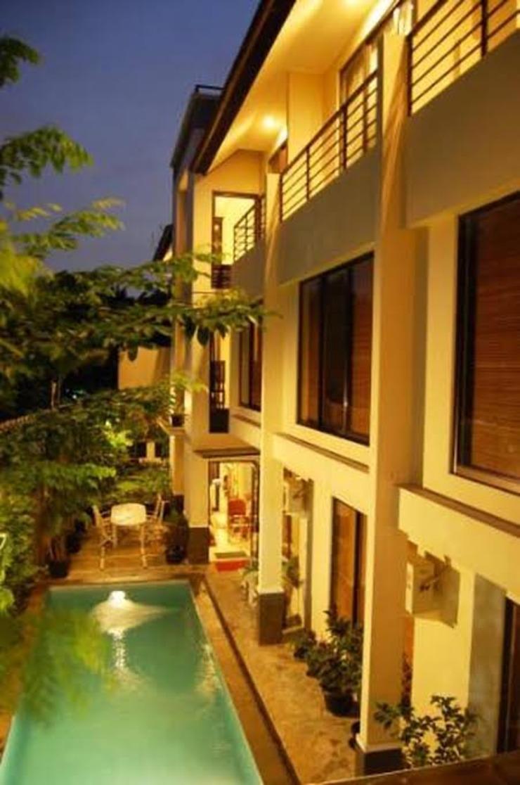 Arimbi Pejaten Suites Jakarta - Tampilan Bangunan