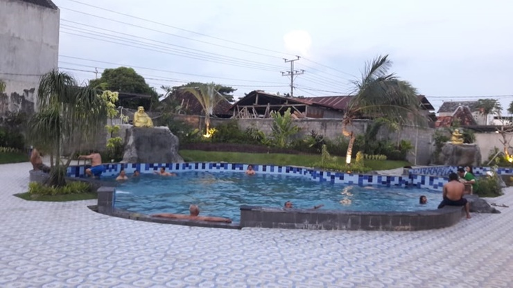 Flory Hotel Yogyakarta Yogyakarta - Pool