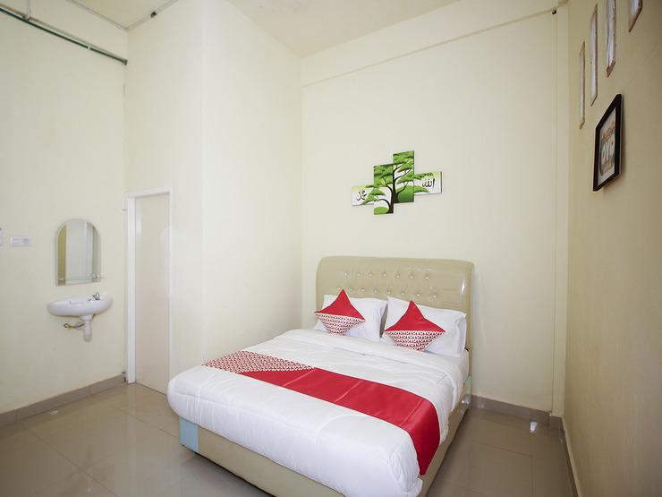 OYO 2555 Diva Residen Syariah Jambi - Standard Double Bedroom