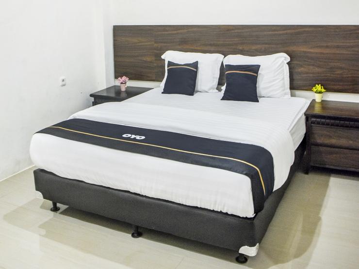 Capital O 3327 Grand Tawiri Hotel Ambon - Bedroom Su/D