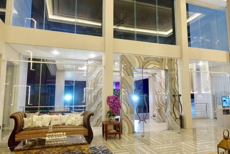 M Hotel Kupang Kupang - Lobby