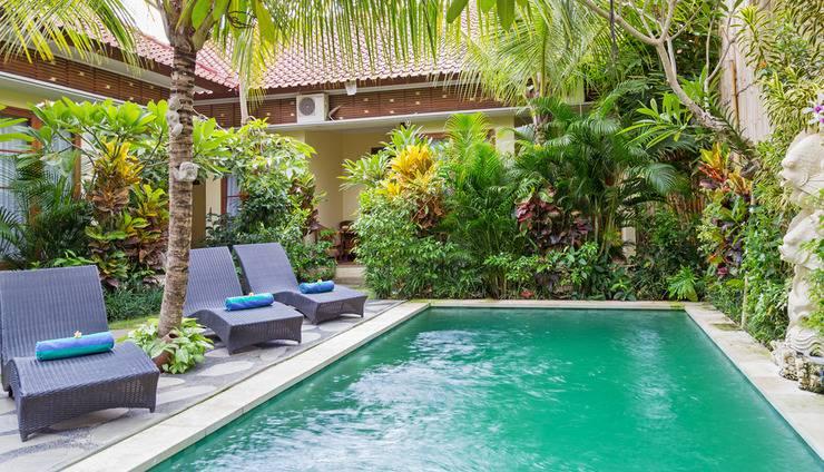 ZenRooms Ubud Jembawan 1 Bali - Kolam Renang