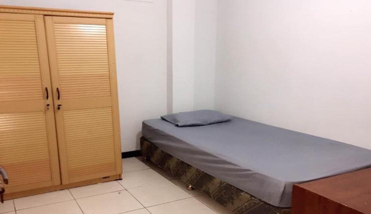 Boarding Room Women Only near UPI Cipaku (P1B) Bandung - Bedroom