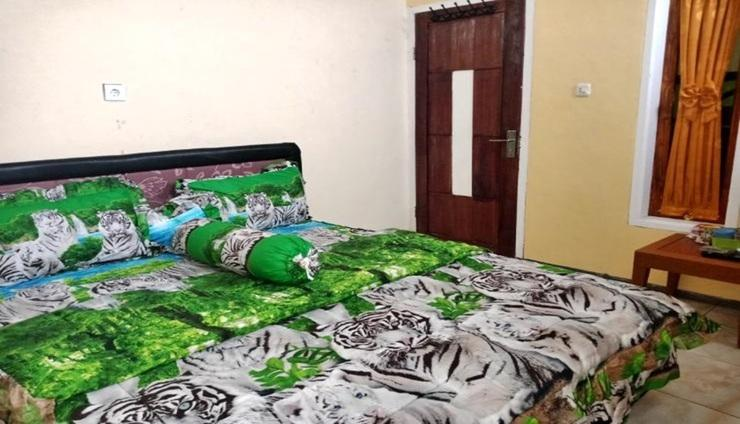 Mama Homestay Room Batu - Room