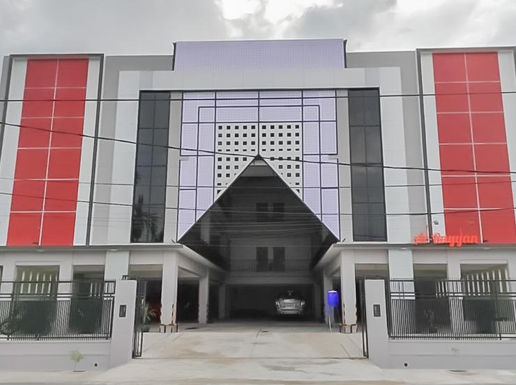 RedDoorz Syariah Plus near Tanjungpura University 2 Pontianak - Photo