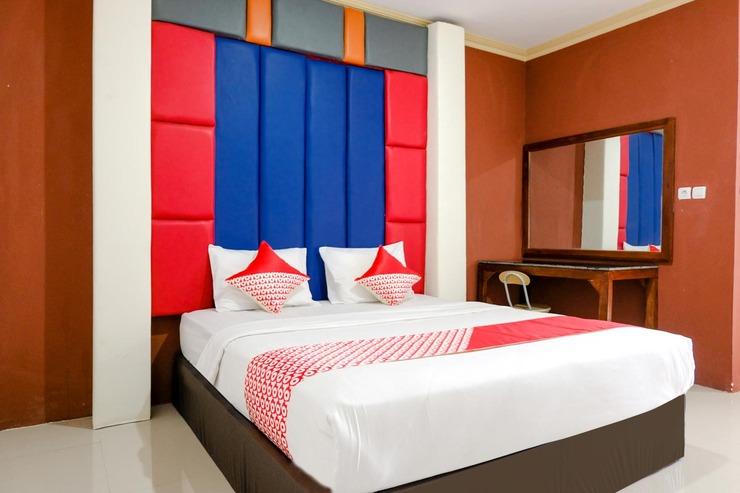 OYO 2966 Hotel Atriaz Trenggalek - BEDROOM DL D-3