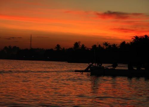 Vamana Resort Lombok - Sekitar