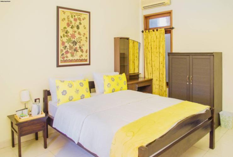 Nugraha Homestay Surabaya - room