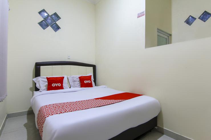 OYO 3334 Ratu Residence Medan - Bedroom