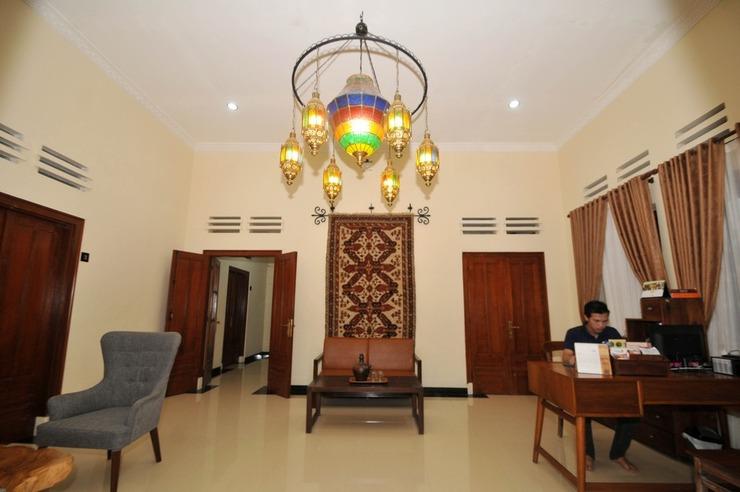 Musafir Guesthouse Solo - exterior