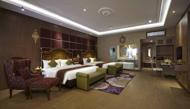Ramada Suites By Wyndham Solo Solo - Grand Suite