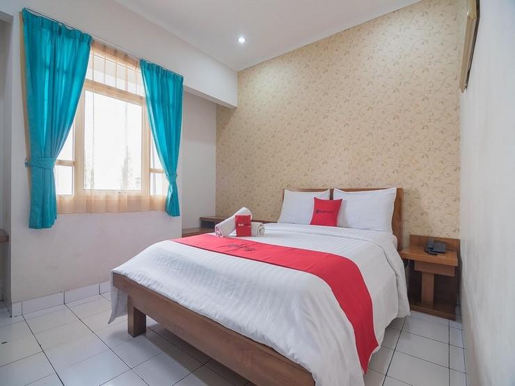 RedDoorz near Setrasari Mall 2 Bandung - Kamar Tamu