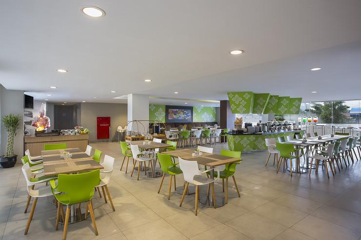 Pesonna Hotel Pekanbaru - Pesonna Cafe