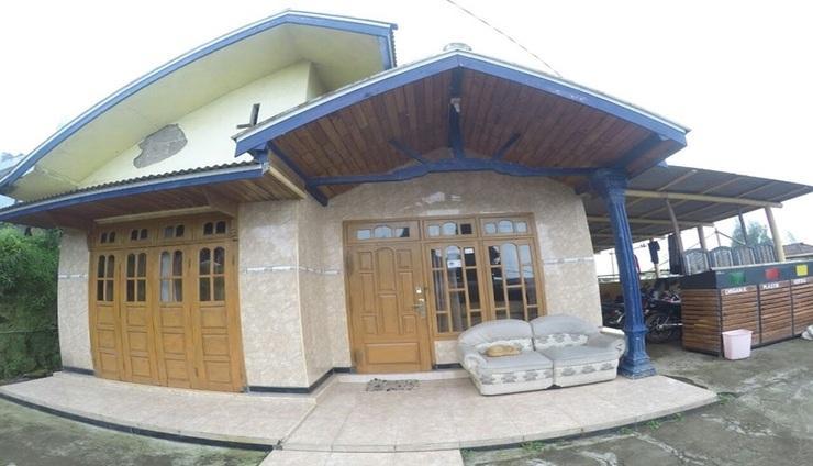Bromo Hadi Homestay Pasuruan - Exterior