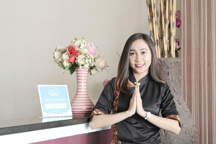Airy Panakkukang Topaz Raya Blok F 5 Masale Makassar Makassar - Reception