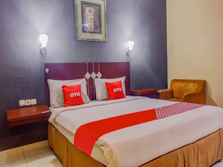 OYO 3936 Hotel Trisula Makassar Makassar - Guestroom Su/D