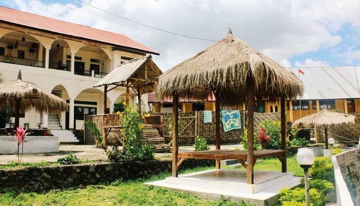 Hotel FX 72 Ruteng Manggarai - view